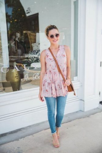 floral pink top outfit