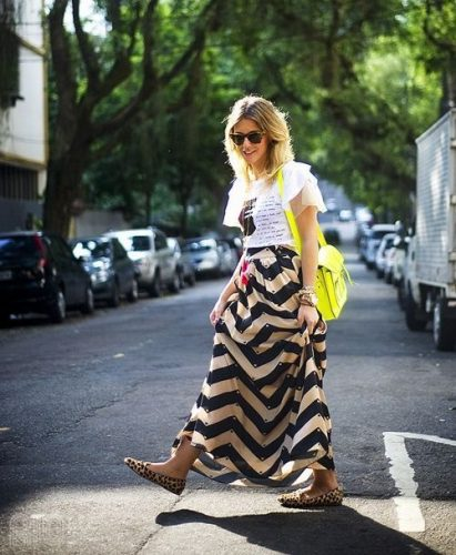 printed maxi skirt with tee