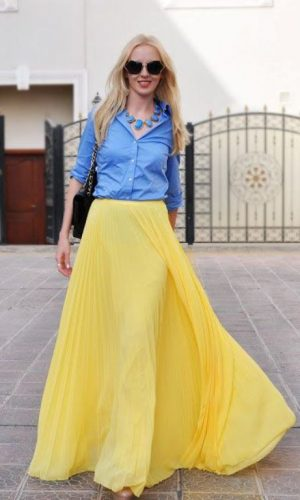 yellow pleated maxi skirt outfit