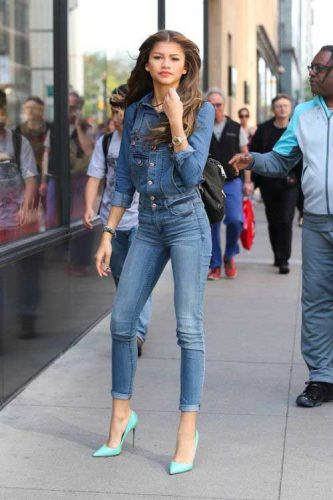Zendaya in chambray outfit