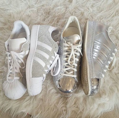 adidas superstar in silver