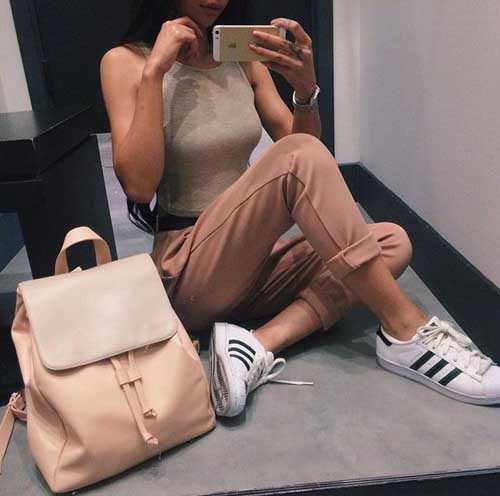 adidas-superstar-with-nude-backpack