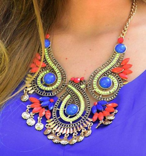 block color statement necklace
