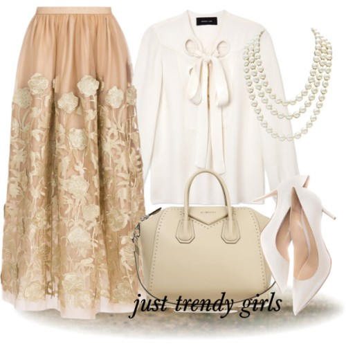 classiness-in-puffy-beige-maxi-skirt