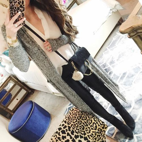 long knit cardigan selfie outfit