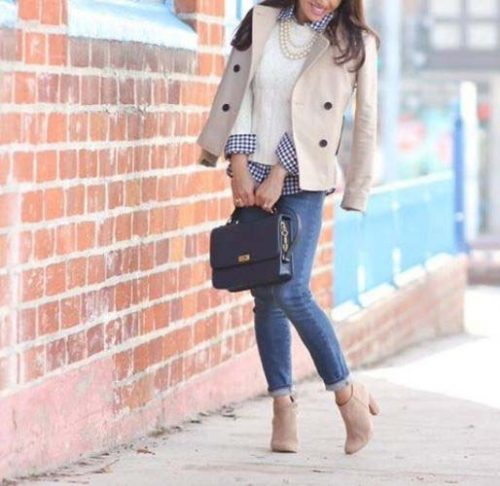 beige-ankle-bootie-chic-outfit-idea