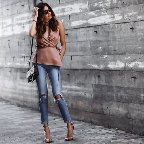 blush-top-denim-outfit