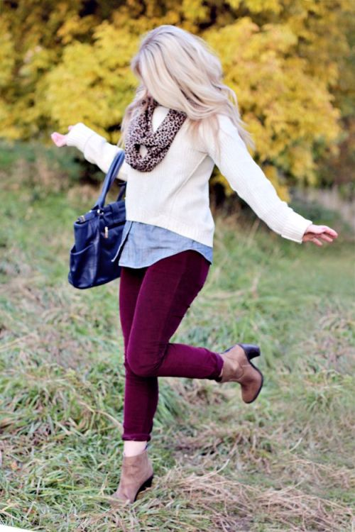 burgandy-pants-with-ivory-sweater