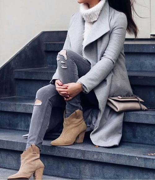 chic-ankle-boot-neutral-outfit