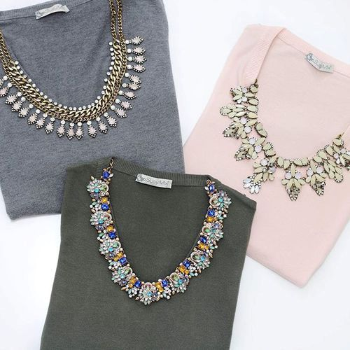 cozy-sweaters-with-necklaces