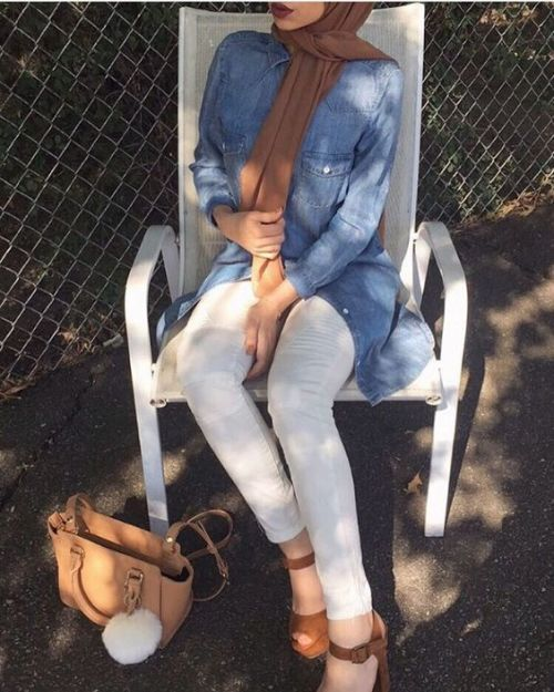 denim-shirt-white-jeans-hijab