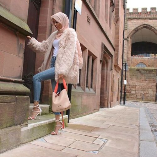 fur-blush-coat-with-hijab