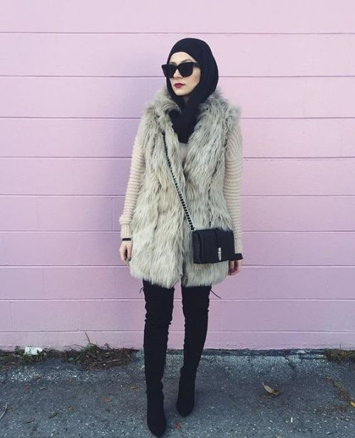 fur-vest-with-black-hijab
