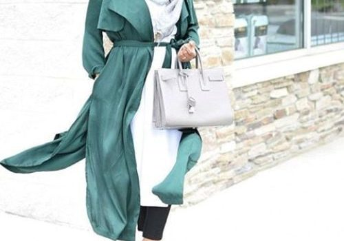 How to wear trench coat with hijab