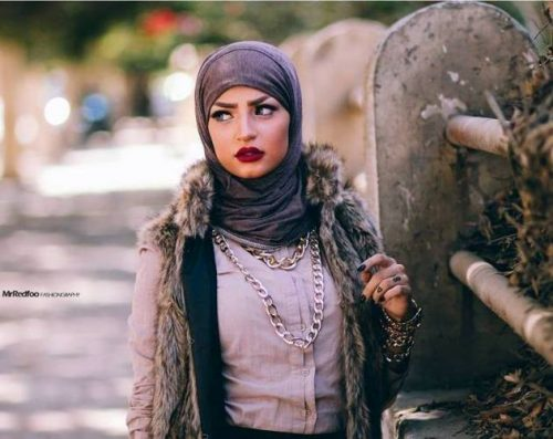 mocha-fur-vest-with-neutral-hijab