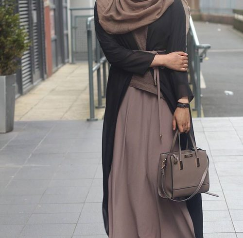 White girl loves muslim immigrant first time sneaking in the base - 5 4
