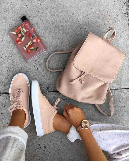 nude-shoes-and-backpack