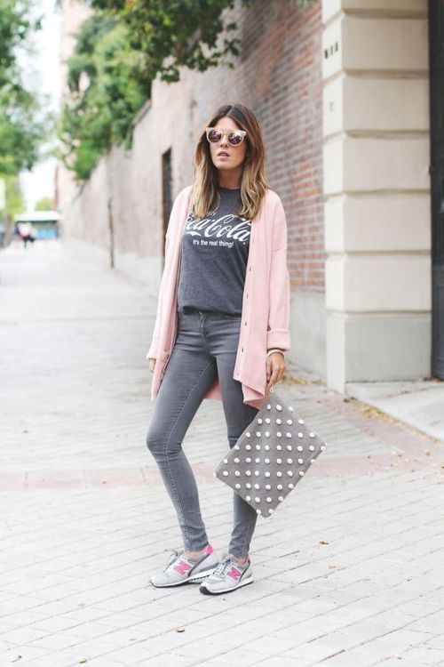 outfit-in-pink-and-grey