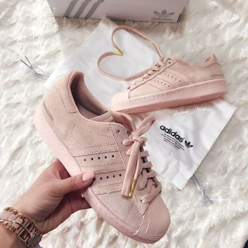 pink-superstar-adidas