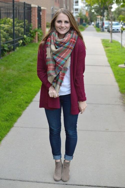 plaid-scarf-with-burgundy-cardigan