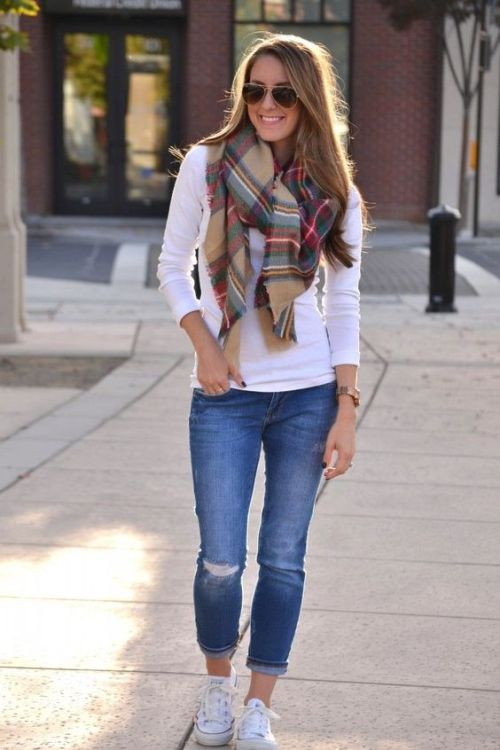 plaid-scarf-with-white-tee-and-jeans