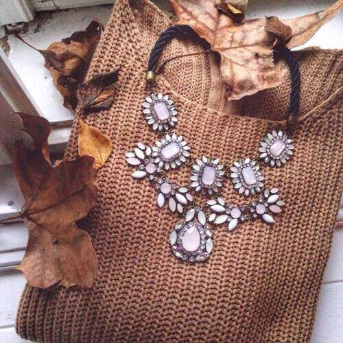 statement-necklace-with-brown-pullover