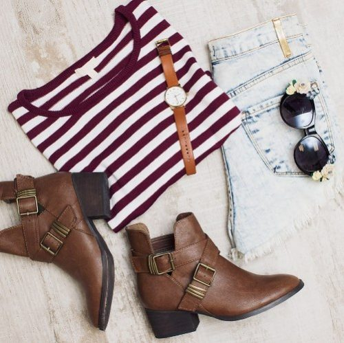 striped tee, jeans, ankle bootie