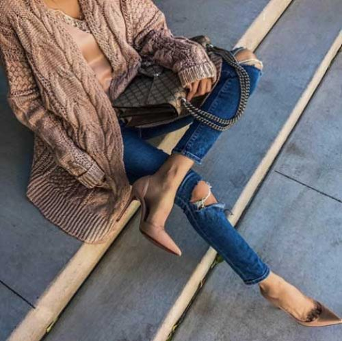 totally-blushing-pump-cardigan-outfit