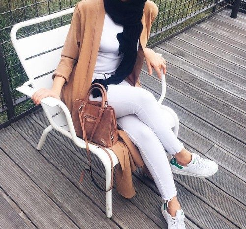white-hijab-with-tan-long-cardigan
