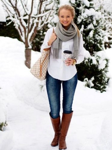 white-sweater-scarf-outfit