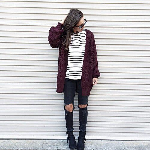 burgundy-cardigan-outfit