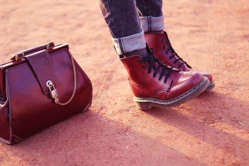 lace-up-maroon-boots