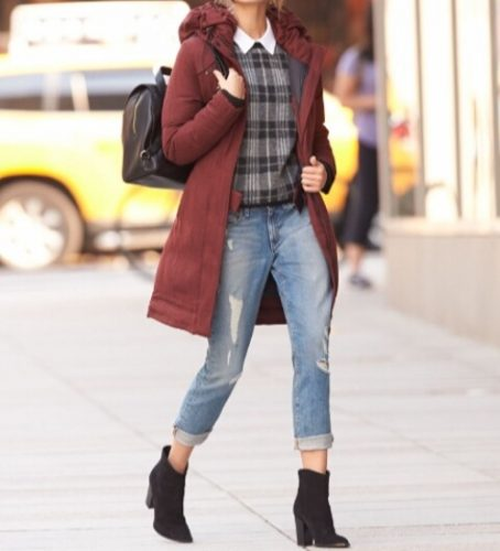 maroon-jacket-outfit