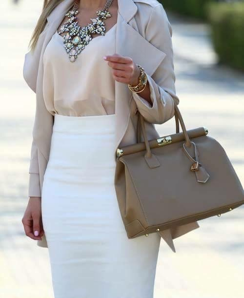 neutral-classy-outfit