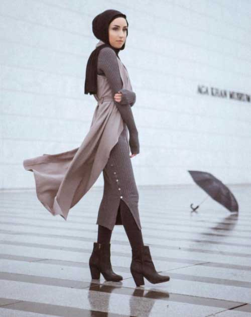 neutral-hijab-look-with-ankle-boots