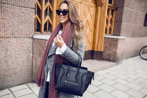 neutral-look-with-trench-coat-and-celine-bag