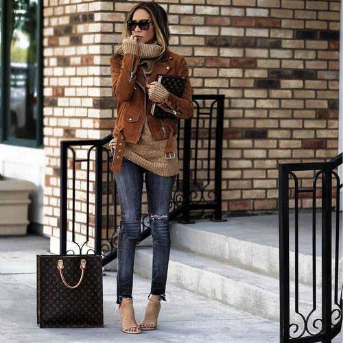 ootd-leather-jacket-with-beige-sweater