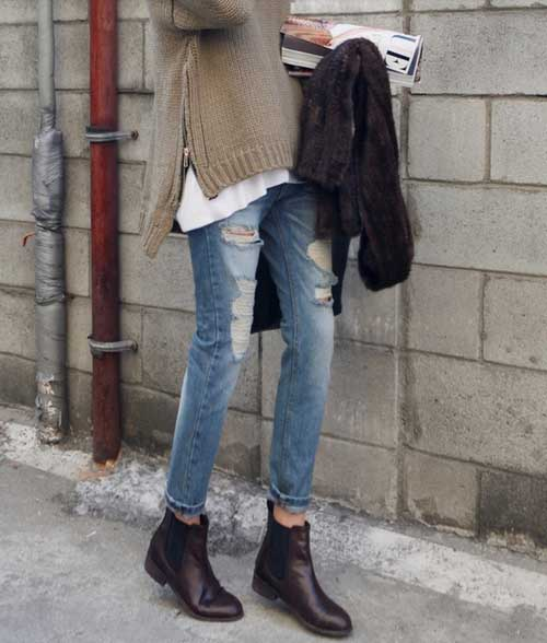 sweater-with-skirt-and-jeans