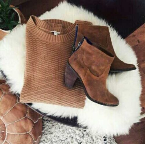 tan-sweater-with-tan-ankle-boots