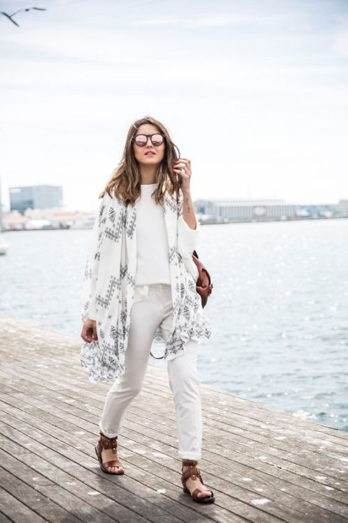 white-poncho-outfit