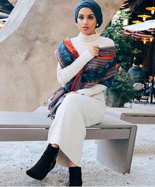 winter-hijab-dress-with-ankle-boots
