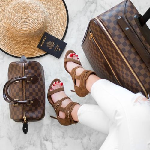louis-vuitton-luggage-airport-style