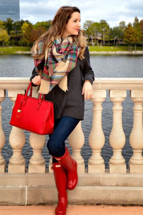amazing-winter-outfit-with-hunter-boots