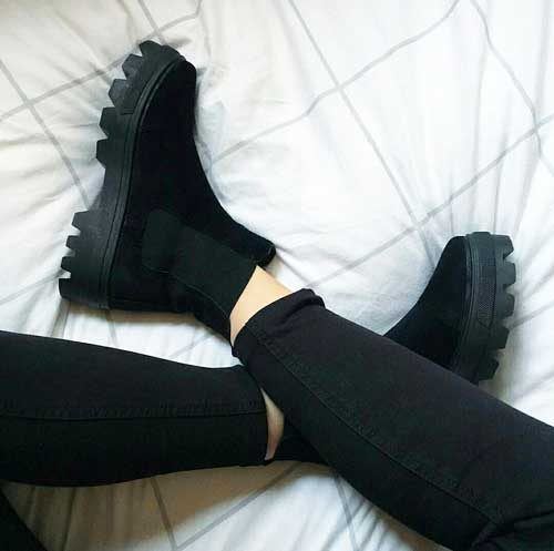 black-boot-tumblr