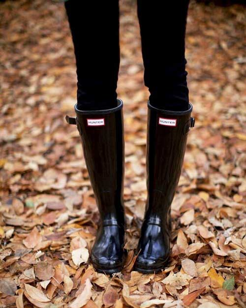 black-sleek-hunter-boots