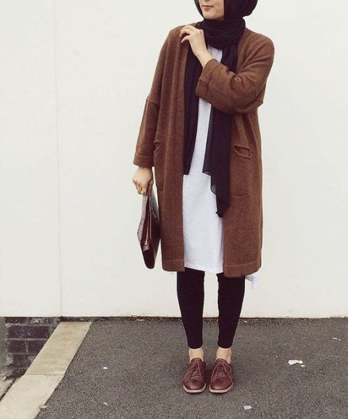 brown-knit-coat-hijab