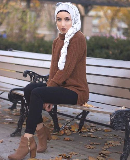 brown-sweater-hijab-style