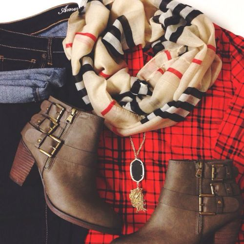 burberry-outfit-ankle-boots