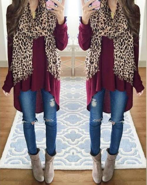burgundy-sweater-with-leo-scarf