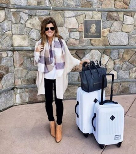 chic-traveling-look